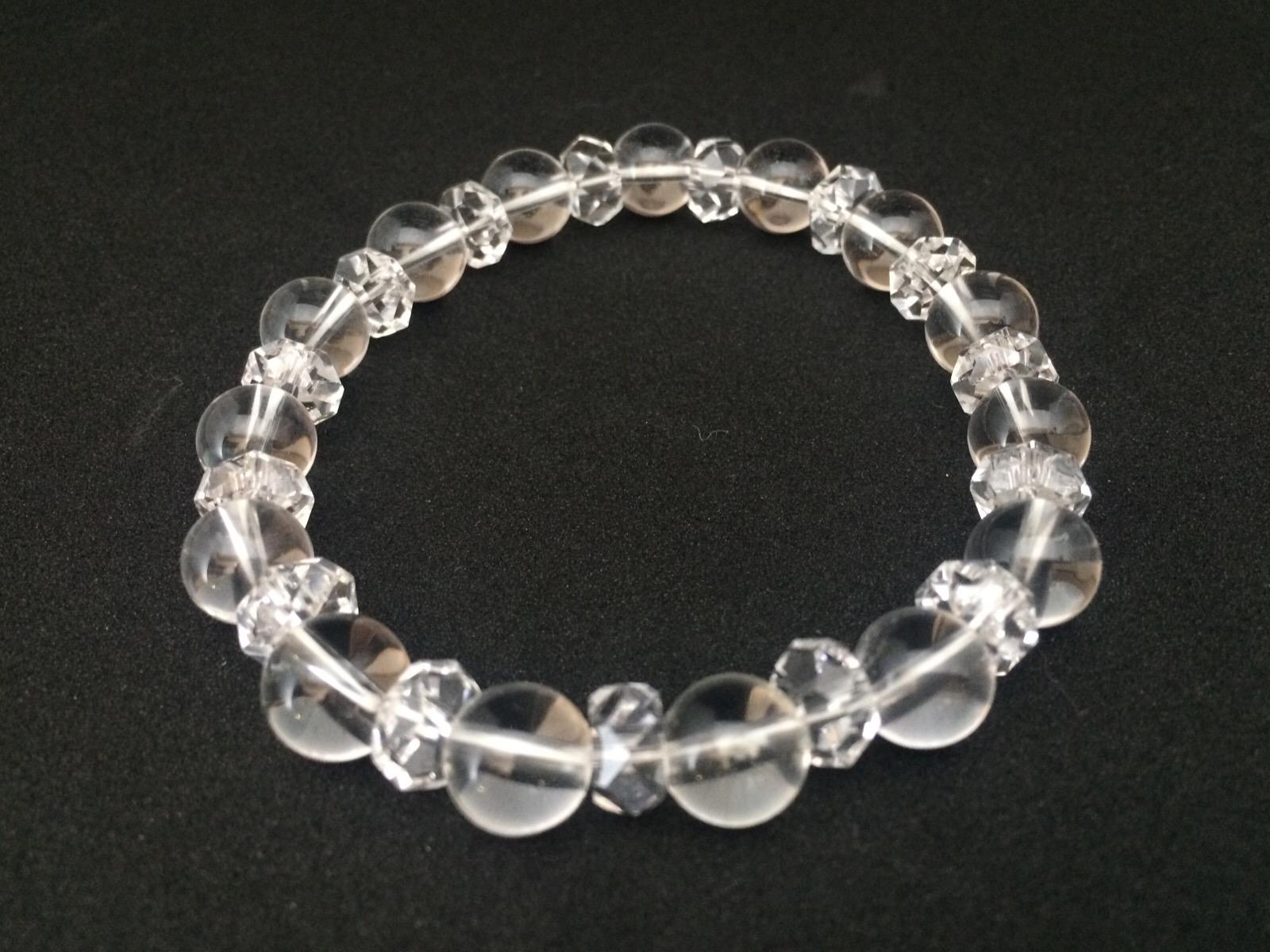 パワーストーンの水晶が偽物か本物かを見分けるポイント