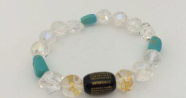 天然石のオニキス、水晶、ターコイズの組み合わせブレスレット